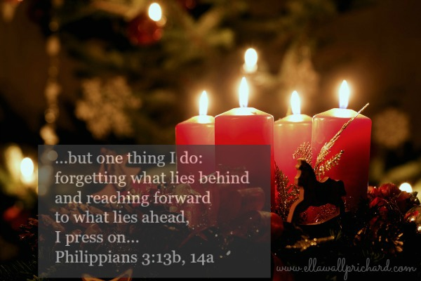 Advent wreath Ph. 3:13