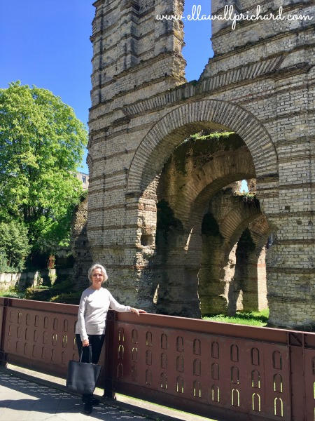 Ella at Roman ruins, Bordeaux