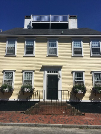 Federal house with widow