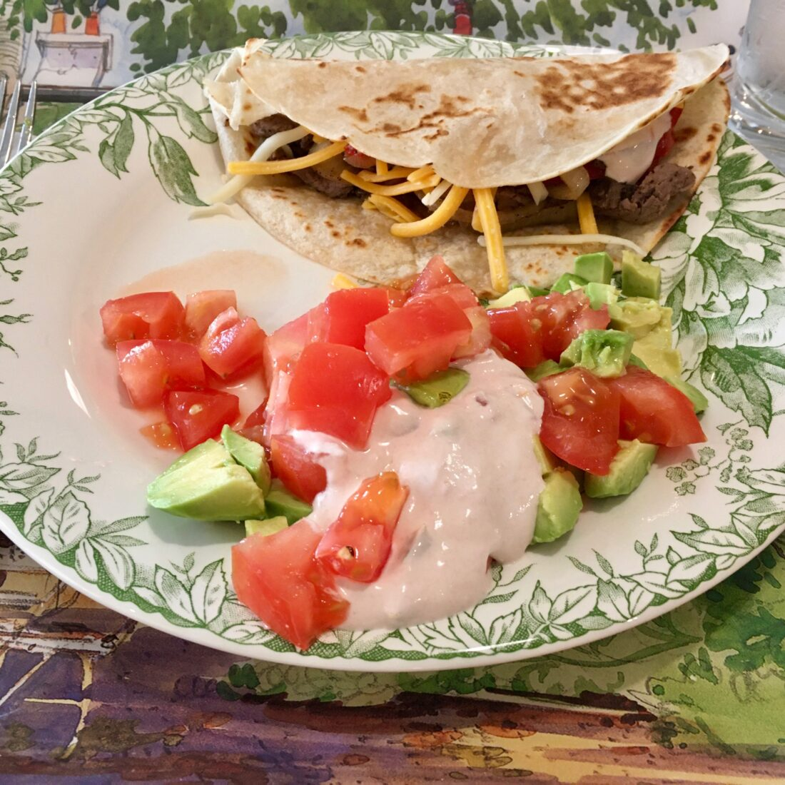 beef taco with picante cream